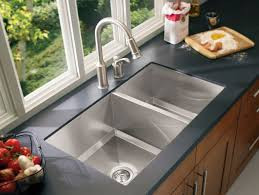 Choose Sinks: Drop-In or Undermount?