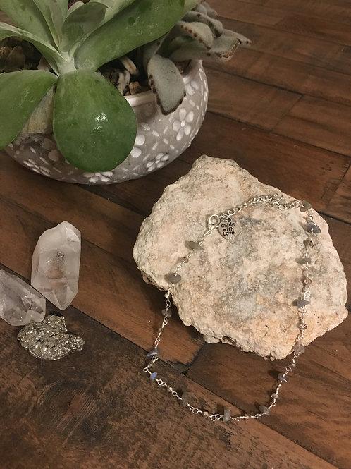 Labradorite and grey glass bead choker