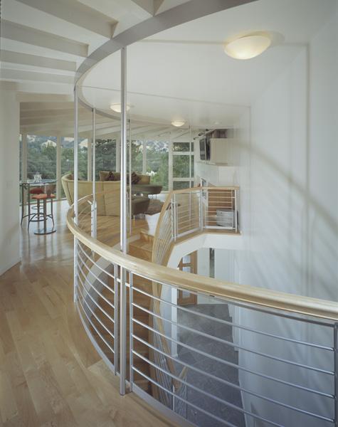 e_Railing_LivRm_roundhouse.jpg
