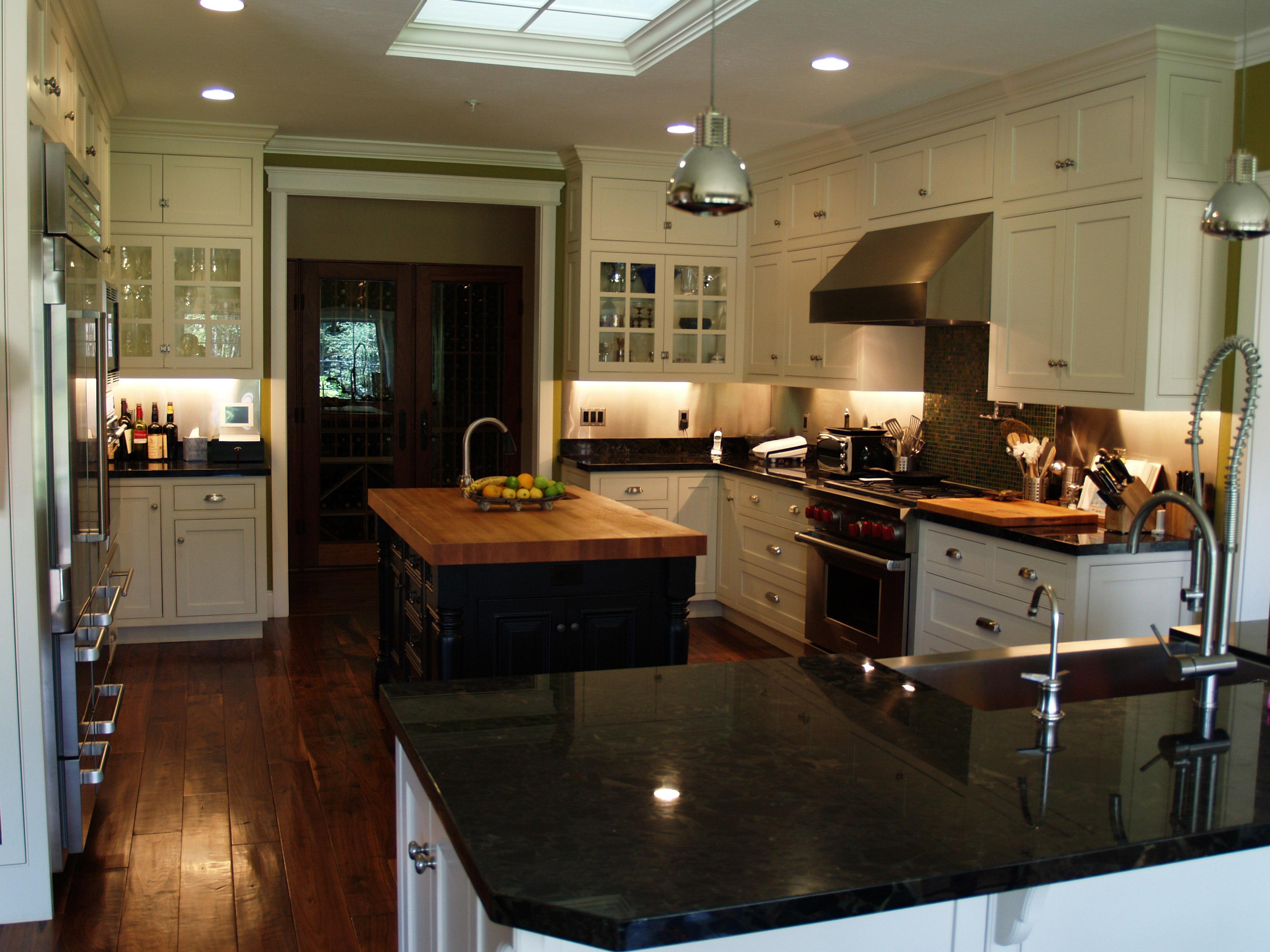 kitchen_H1.JPG