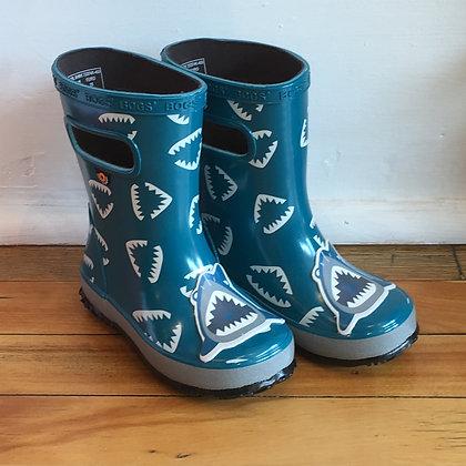 BOGS rain boots / shark