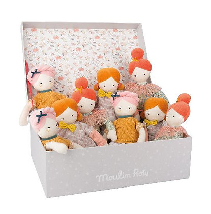 Parisiennes - soft dolls by Moulin Roty & Lucille Michieli.