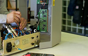 Laboratory-equipment-repair-1280x720.jpg
