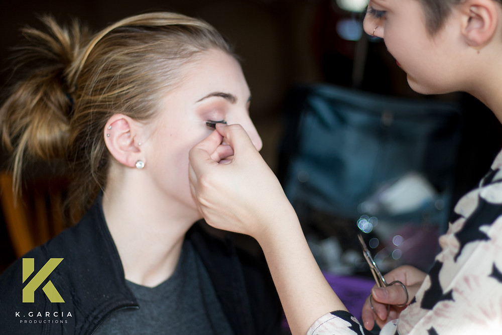 Jasmine Pedder from Crew Cuts doing makeup