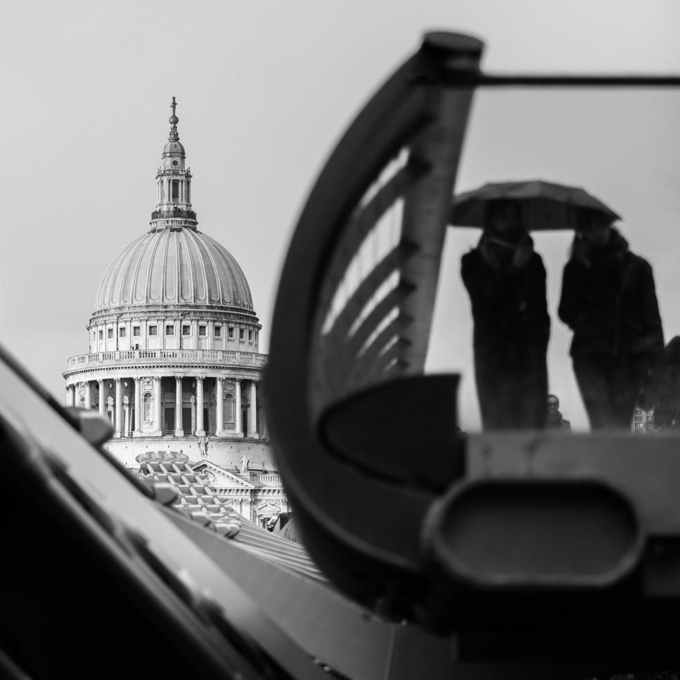 Millenium bridge. London in the rain