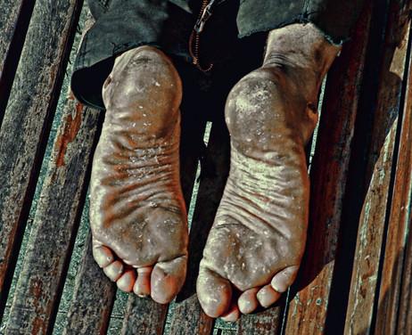 feets-sleep72_orig.jpg