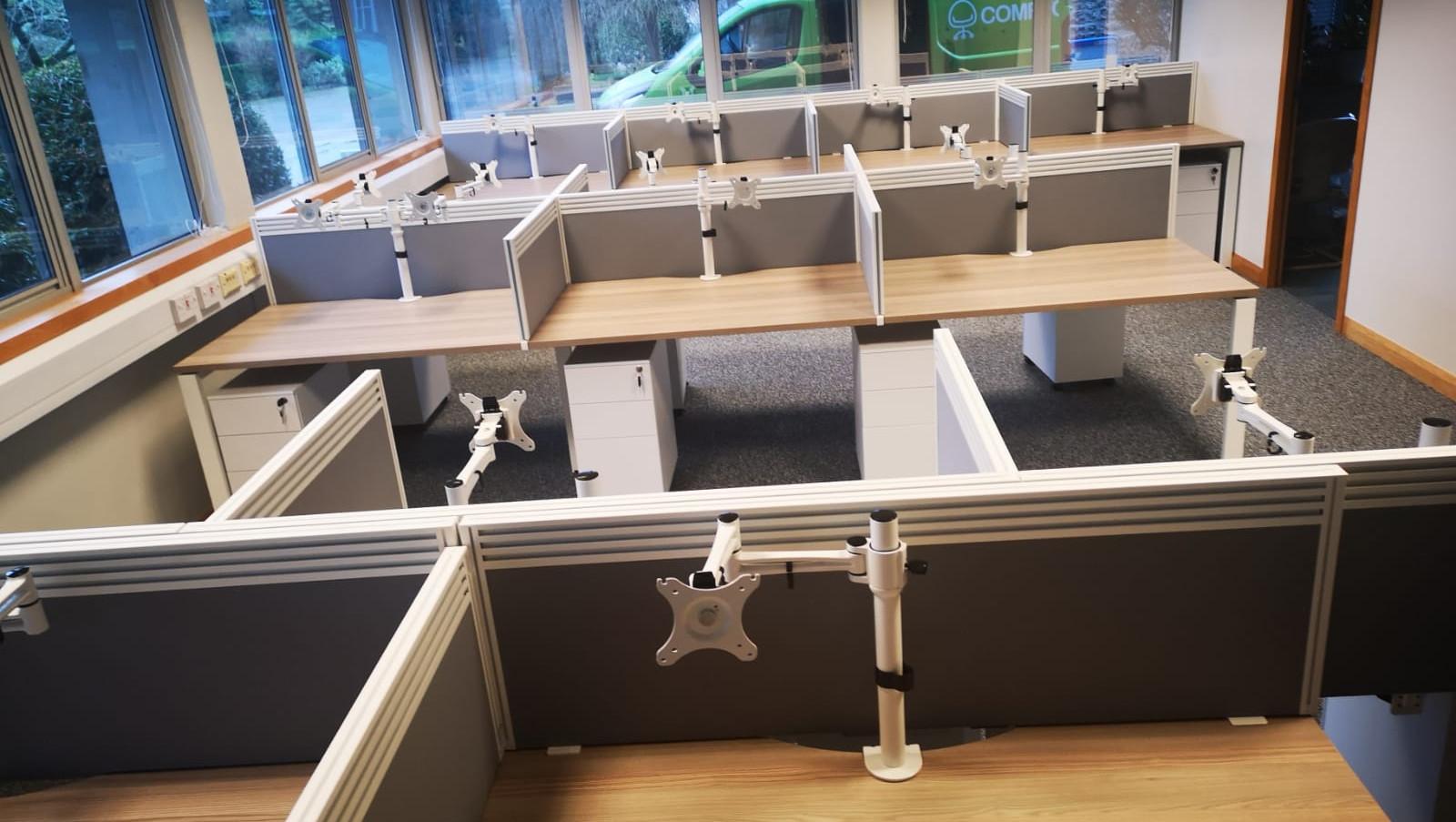 Comfy Office Reading - Desks