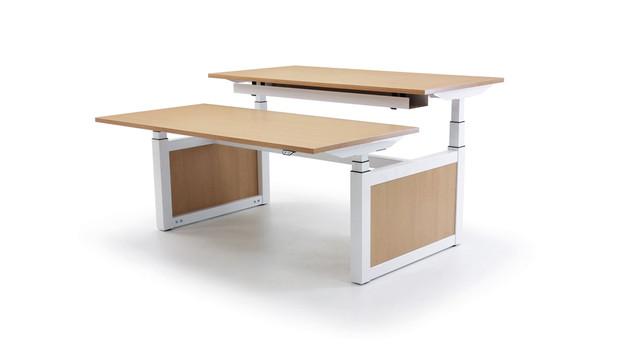 Oblique-Adapt-Desk--min.jpg