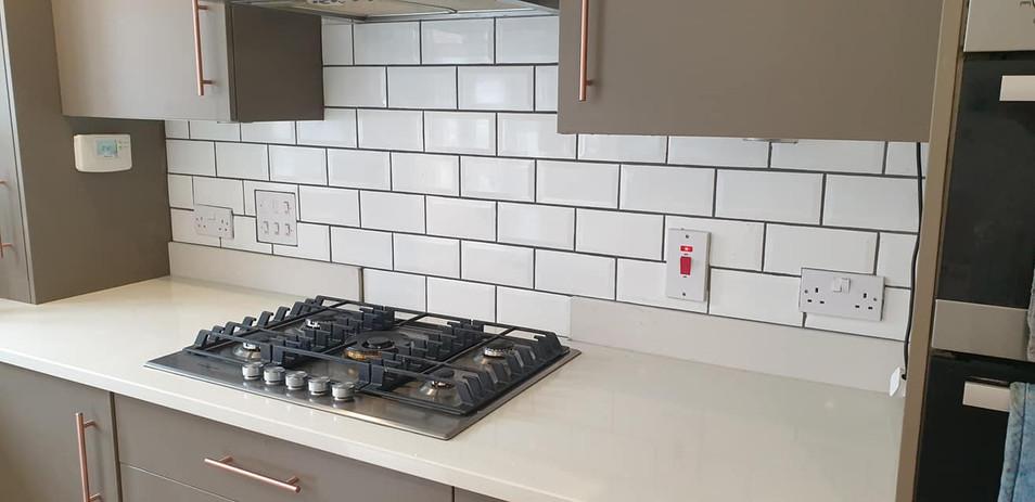 berkshire_facilities_group_maintenance_services_kitchen_tiles