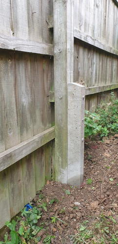 berkshire_facilities_group_maintenance_services_concrete_fence_post_support