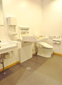1階女子トイレ