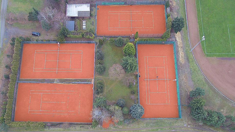 Tennisplatz 1.jpg