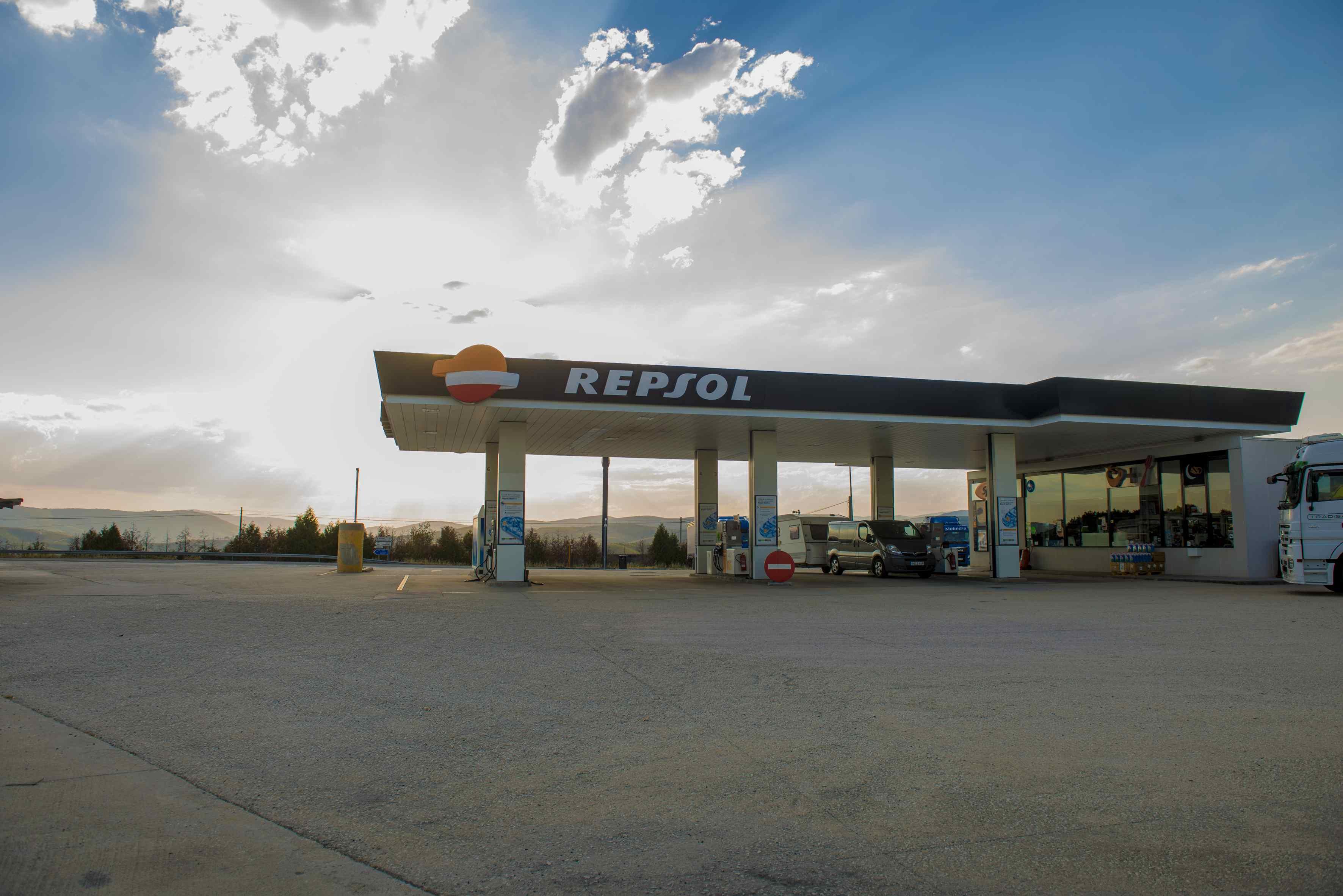 Gasolinera 24H