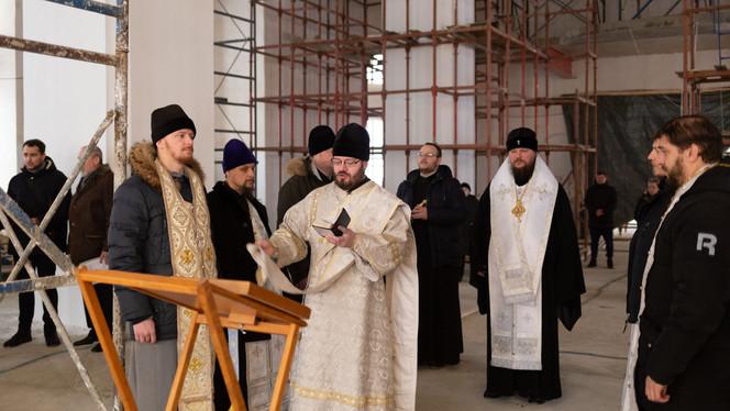 Молебен в Богоявленском соборе Костромского кремля в праздник Богоявления