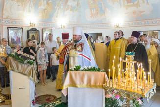 Архиерейское богослужение в домовом Свято-Владимирском храме Костромского кремля