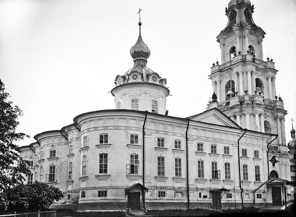 Богоявленский собор. Фото начала ХХ века.