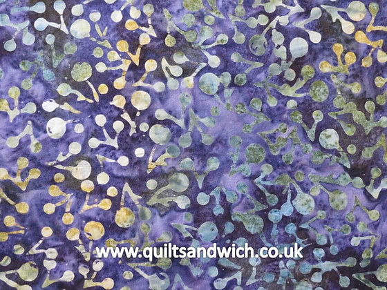 QS  Berries Midnight per quarter metre