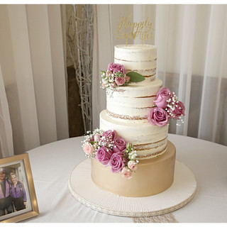 cakeflowers3 (1)_edited.jpg