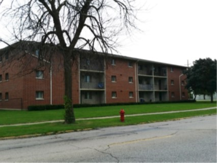 $2,860,000 North Chicago, IL