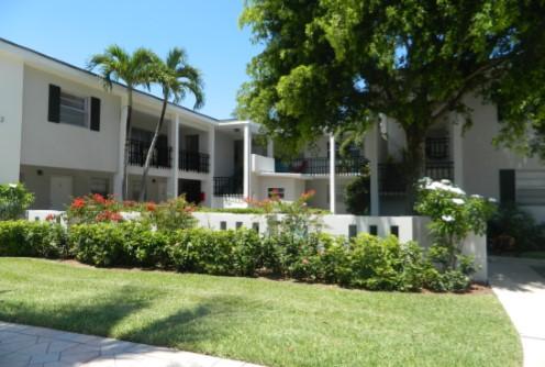 $1,176,000 - Lake Worth, FL