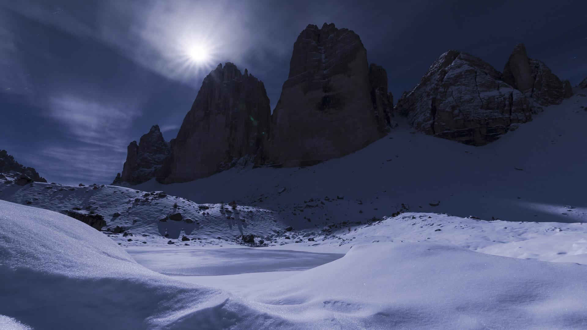 Time lapse Tre cime di lavaredo luna.mp4