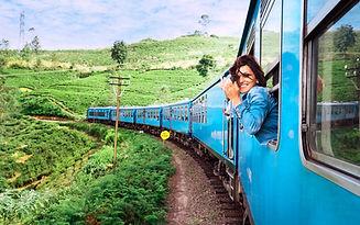 Menina no trem