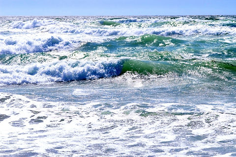Ocean_waves_edited.jpg