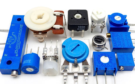 12_board_mounted_potentiometers_edited.j
