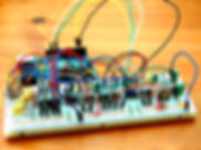 800px-Octomod_Breadboard_-_angled_(photo