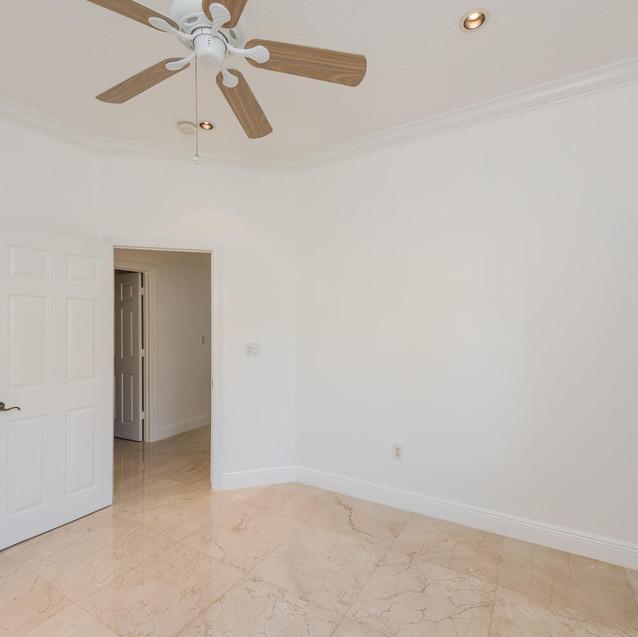 9533 SW 125th Terrace Miami FL-large-022-4-20180122 01 DSC 6425-1499x1000-72dpi