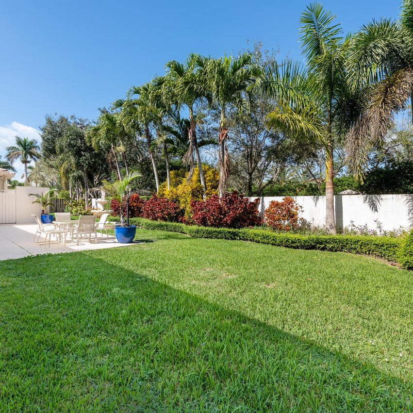 9591 SW 124th Terrace Miami FL-large-008