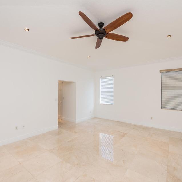 9533 SW 125th Terrace Miami FL-large-031-23-20180122 01 DSC 6441-1499x1000-72dpi
