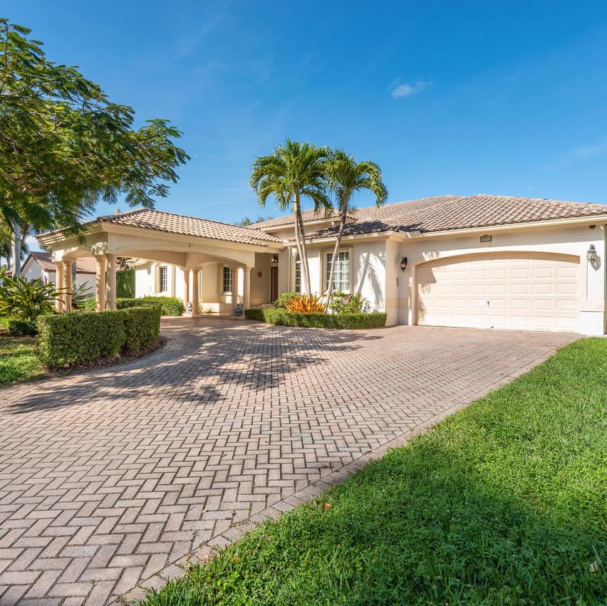 9591 SW 124th Terrace Miami FL-large-002