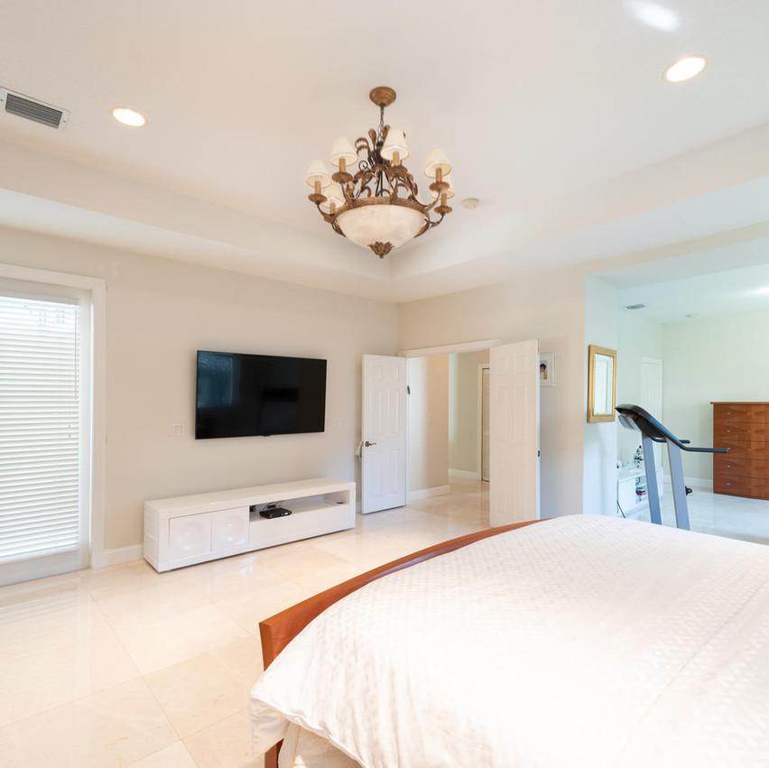9591 SW 124th Terrace Miami FL-large-022