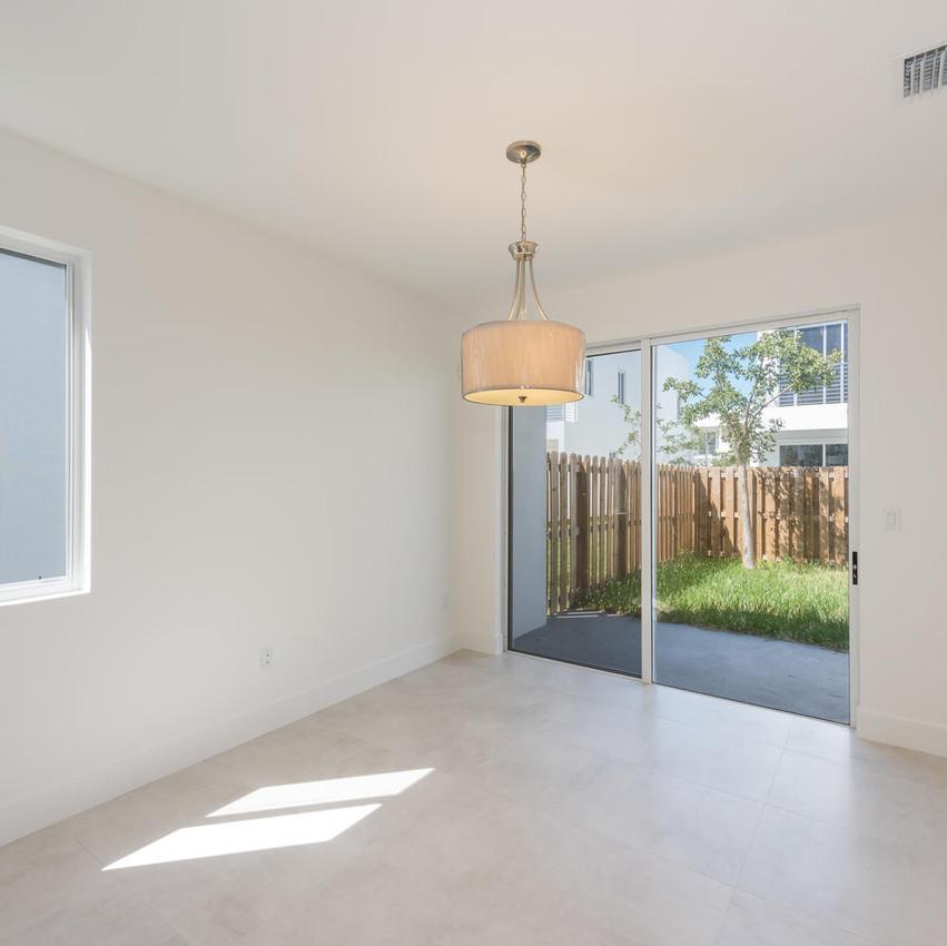 10251 NW 71st Terrace Doral FL-large-011-5-20180313 04 DSC 2504 ED-1499x1000-72dpi