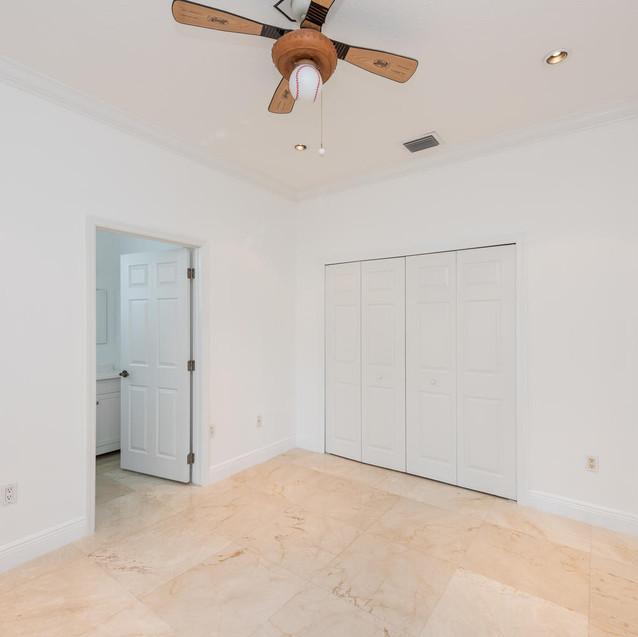 9533 SW 125th Terrace Miami FL-large-018-24-20180122 01 DSC 6421-1499x1000-72dpi