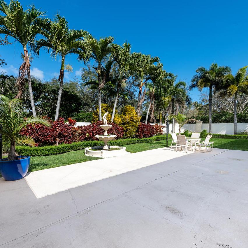 9591 SW 124th Terrace Miami FL-large-004