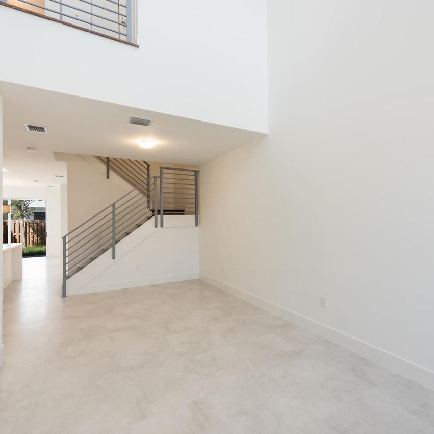 10251 NW 71st Terrace Doral FL-large-007-18-20180313 04 DSC 2491 ED-1499x1000-72dpi