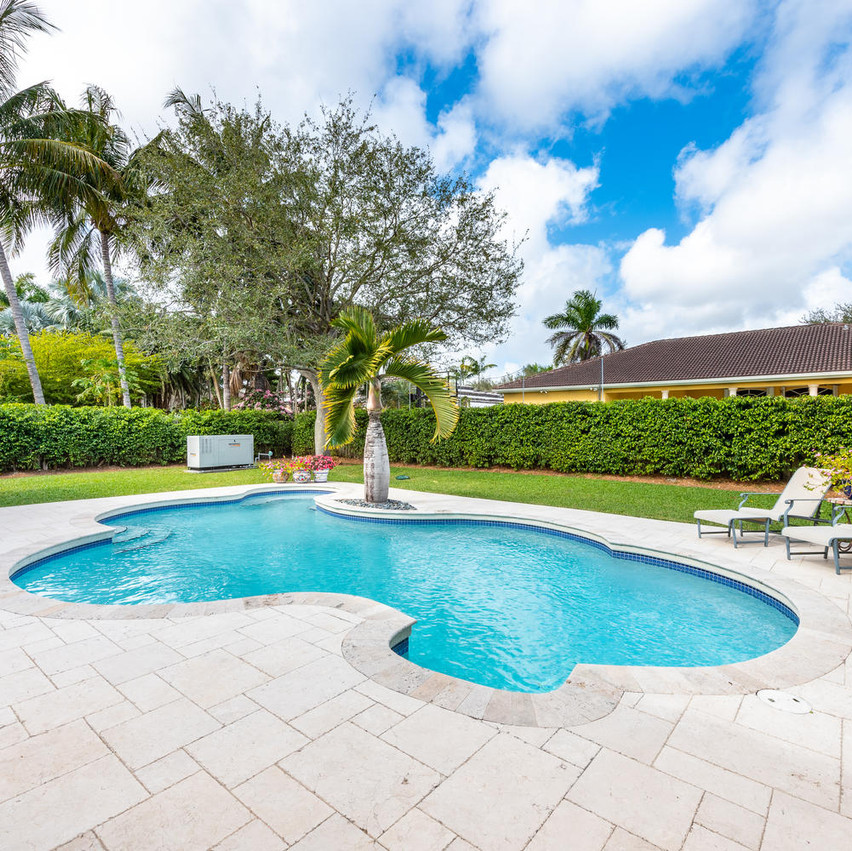 9503 SW 123rd Terrace Miami FL-large-007