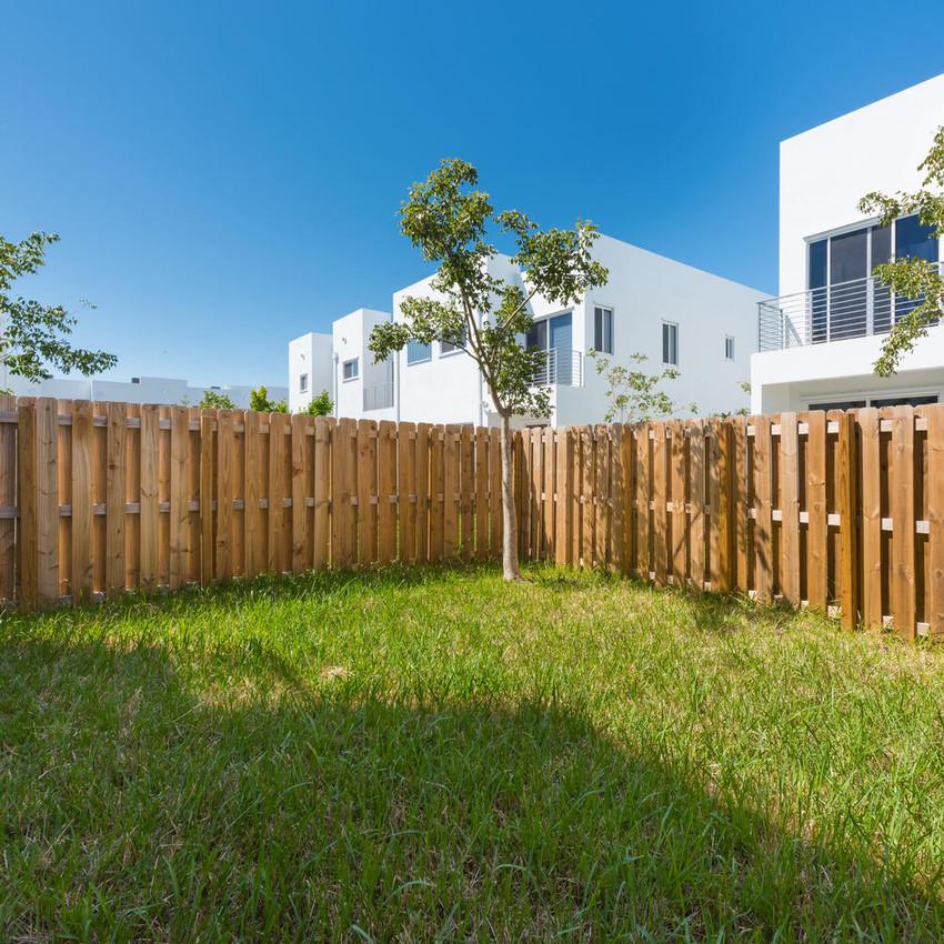 10251 NW 71st Terrace Doral FL-large-004-19-20180313 04 DSC 2480-1499x1000-72dpi