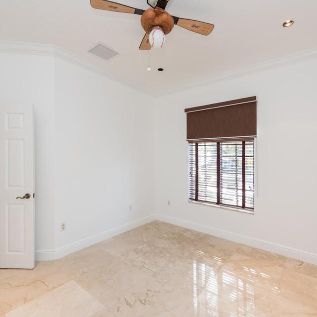 9533 SW 125th Terrace Miami FL-large-017-11-20180122 01 DSC 6420-1499x1000-72dpi