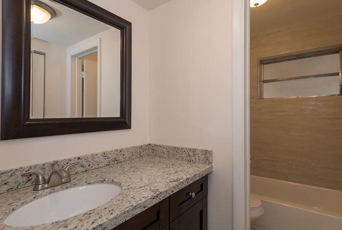 bathroom_700