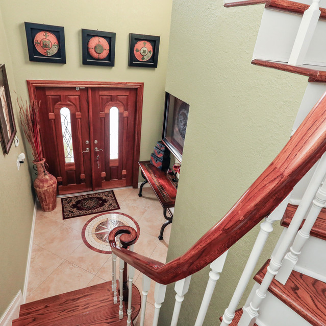 10_20021SW83rdAve_68_Staircase_HiRes