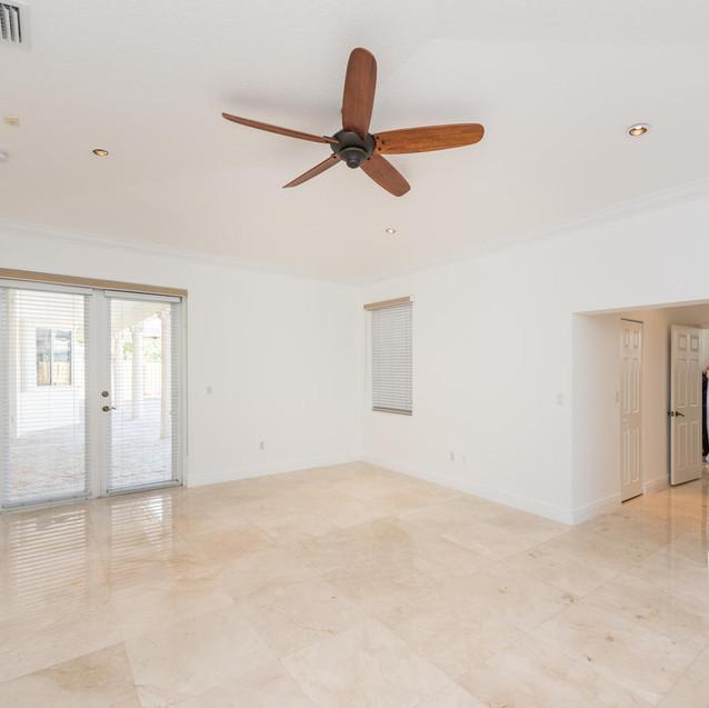 9533 SW 125th Terrace Miami FL-large-032-26-20180122 01 DSC 6444-1499x1000-72dpi