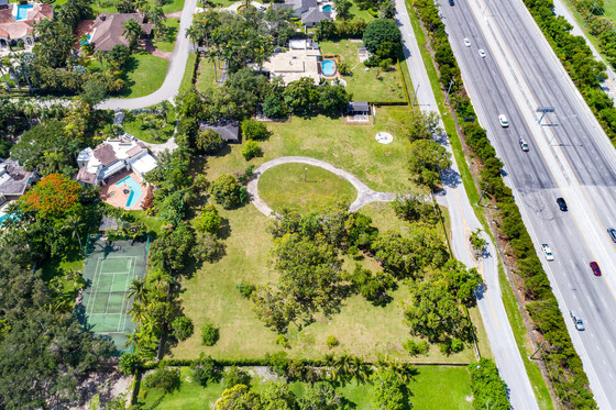 6555 SW 76TH AVENUE | MIAMI, FL 33143
