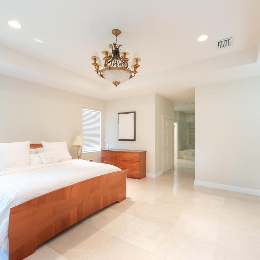9591 SW 124th Terrace Miami FL-large-019