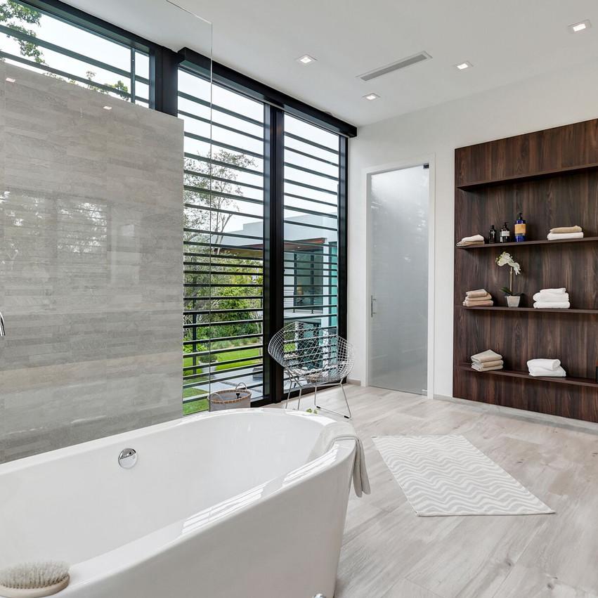 30 Bath 4