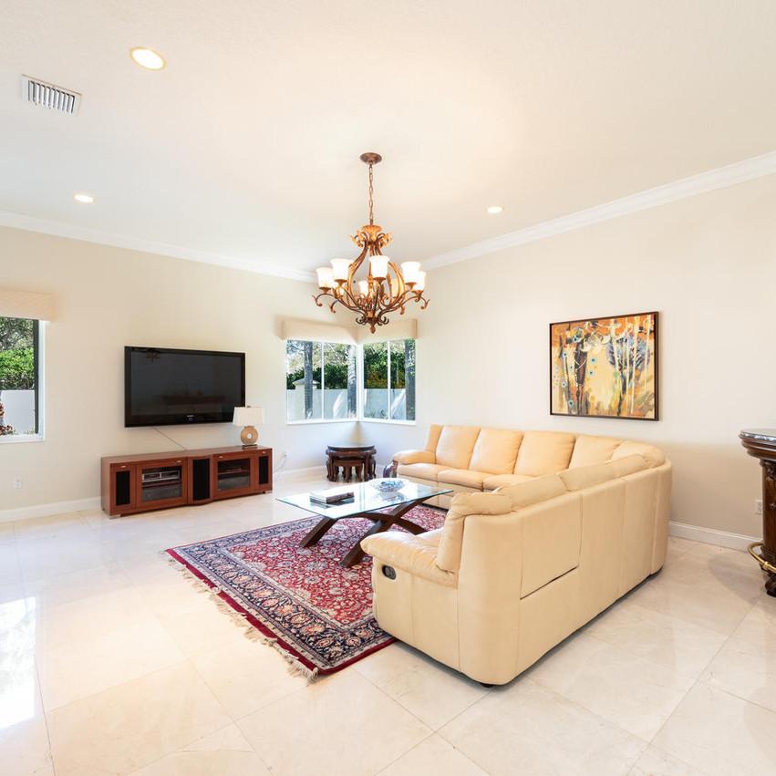 9591 SW 124th Terrace Miami FL-large-012