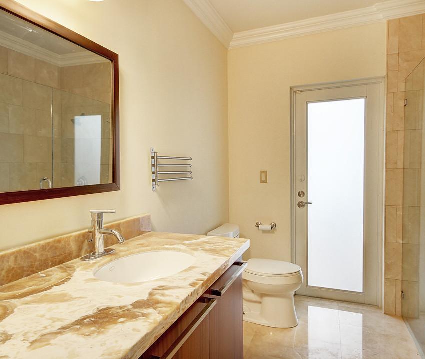 28_Bathroom3