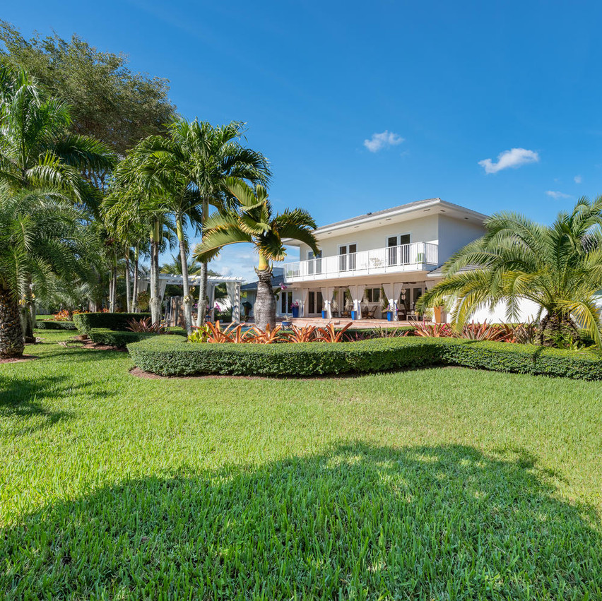 9768 SW 108th Terrace Miami FL-large-009